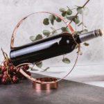 stojan-a-drziak-na-nalievanie-vina-4531
